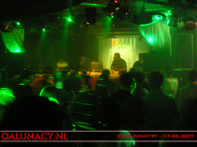 [img width=400 height=300]http://www.dalunacy.nl/_pictures/20070317/2007031729.jpg[/img]